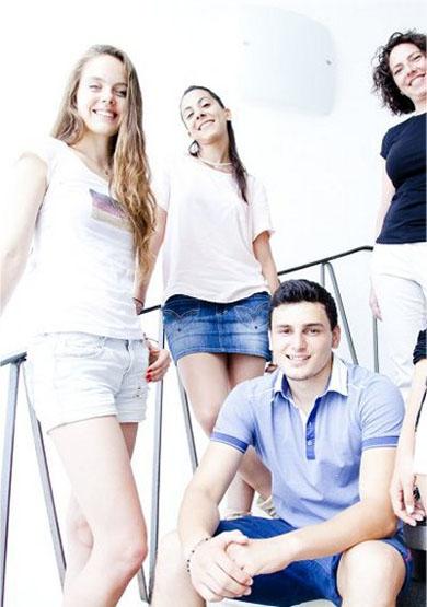 Studenten von Sprachinstitut TREFFPUNKT-ONLINE