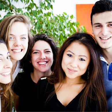 Teile deinen Erfolg der Uni-Vorbereitung mit deinen Kollegen